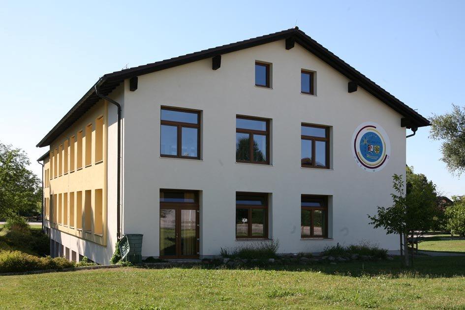 Schule Fenster Baierl Schreinerei